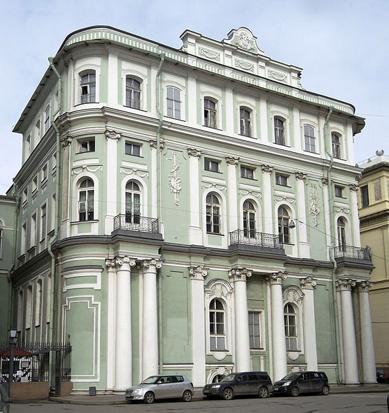 Южный павильон Малого Эрмитажа с Дворцовой. Автор: Tura8, Wikimedia Commons