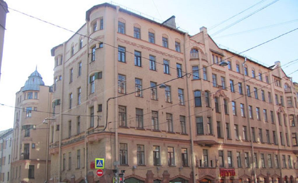 Дом Алюшинского. Фото: kuda.spb.ru