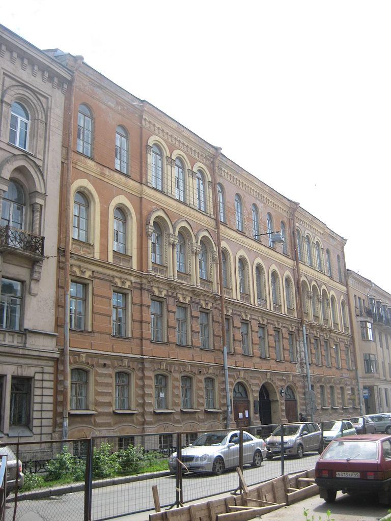 Особняк А. Г. Тройницкого, Моховая, 6. Фото: Skydrinker (Wikimedia Commons)