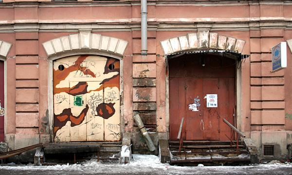 Мытный двор. Адрес: Бакунина пр., 6. Фото: citywalls.ru