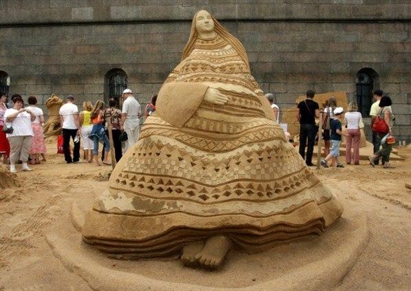 Фестиваль скульптур в Петропавловской крепости