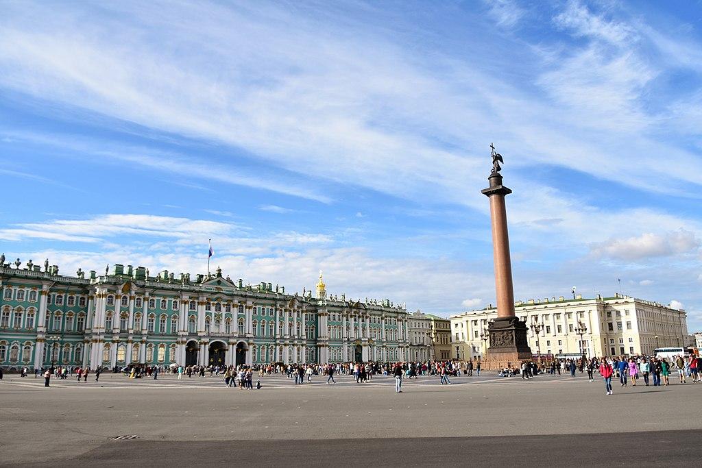 Дворцовая площадь. Фото: Richard Morte