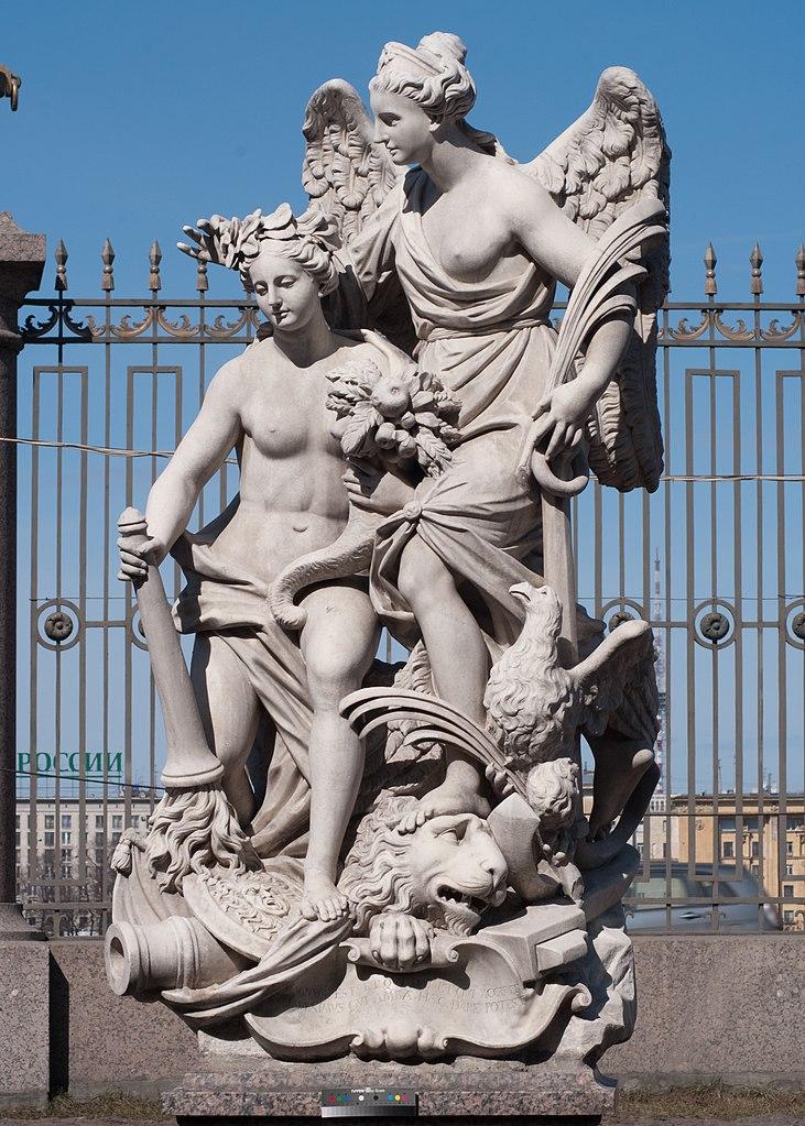"""Скульптура Летнего сада. Статуя """"Мир и Победа"""". Фото: Евгений Со (Wikimedia Commons)"""