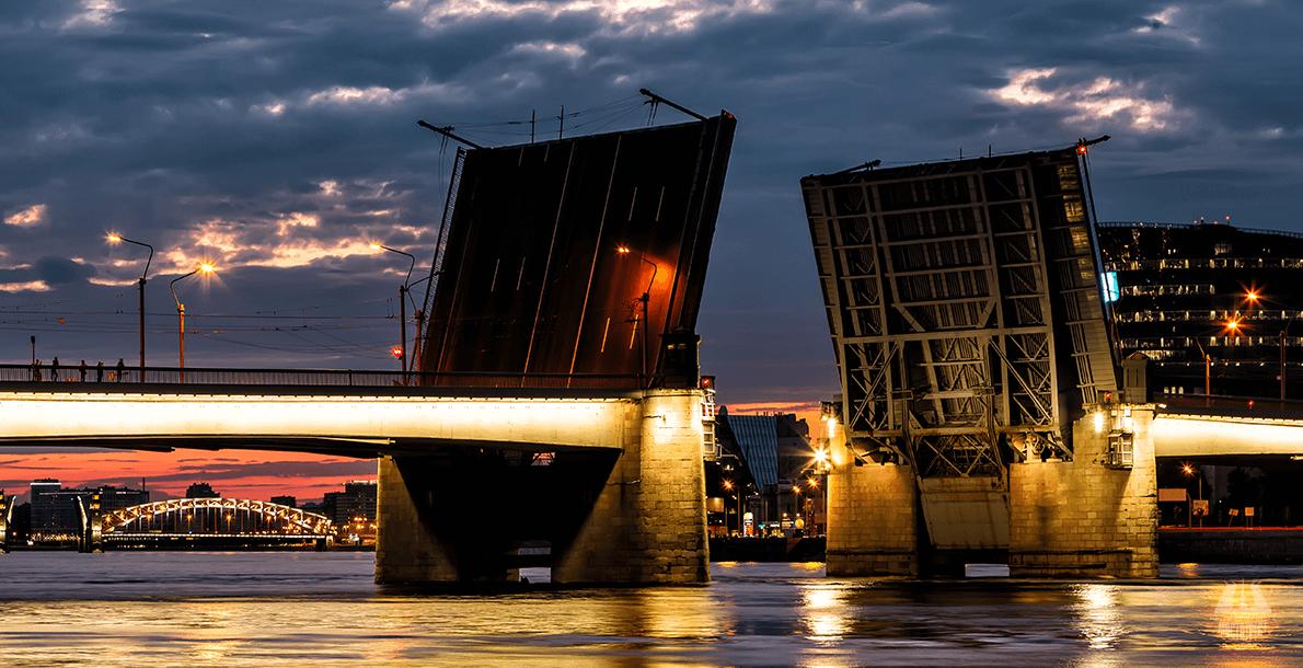 Мост Александра Невского. Фото: mostotrest-spb.ru