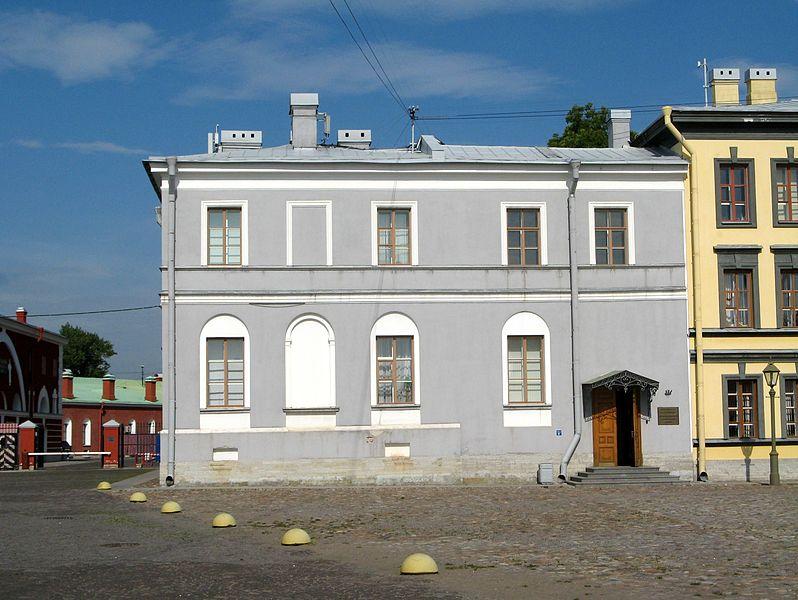 Хранилище мер и весов (Офицерское собрание). Автор: Екатерина Борисова, Wikimedia Commons