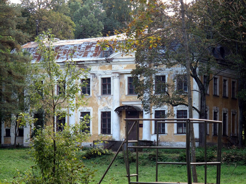 Малый дворец 1850-х гг. Фото: shuvalovopark.ru