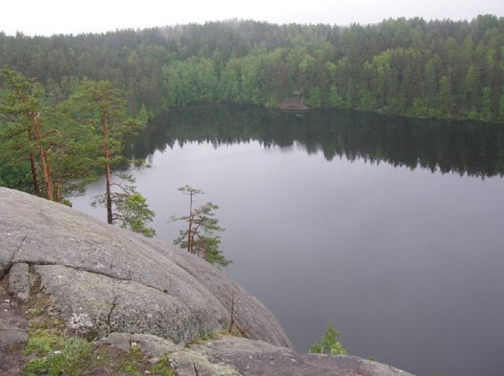Озеро Ястребиное. Фото: Владимирская Русь (Russian Wikipedia)