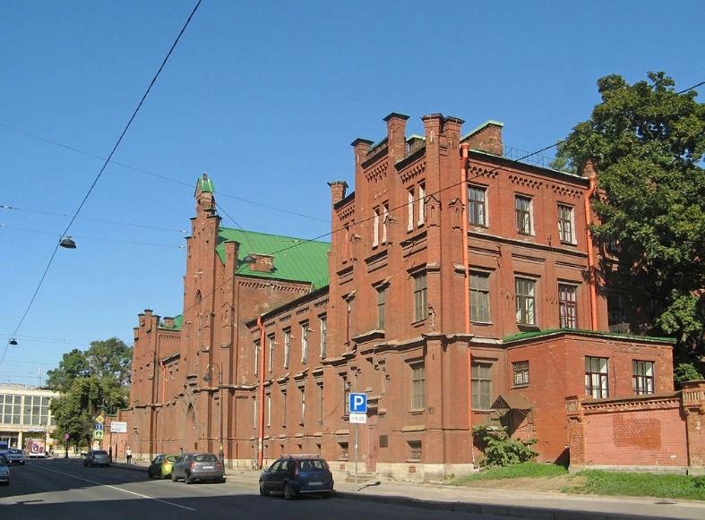 8. Евангелическая женская больница. Фото: Николай