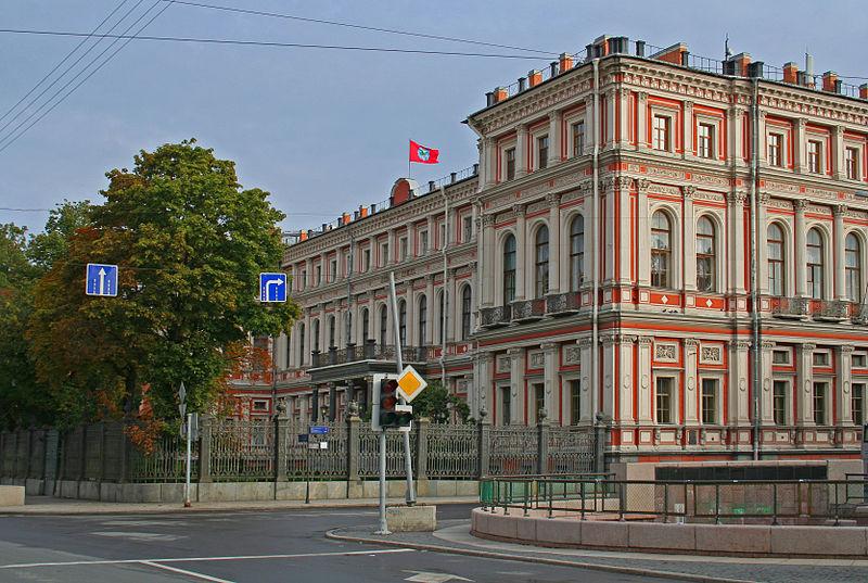 Николаевский дворец в Санкт-Петербурге. Автор: A.Savin, Wikimedia Commons