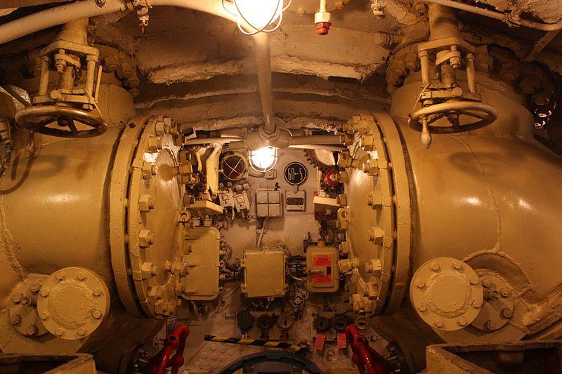 Внутри подводной лодки C-189. Автор: Denlab812, Wikimedia Commons