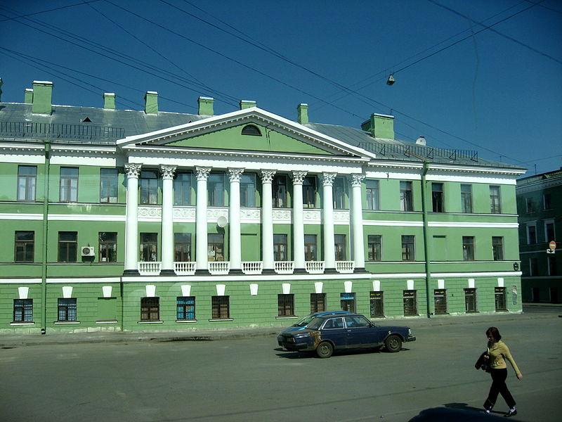Дом с ротондой. Автор: Dezidor, Wikimedia Commons