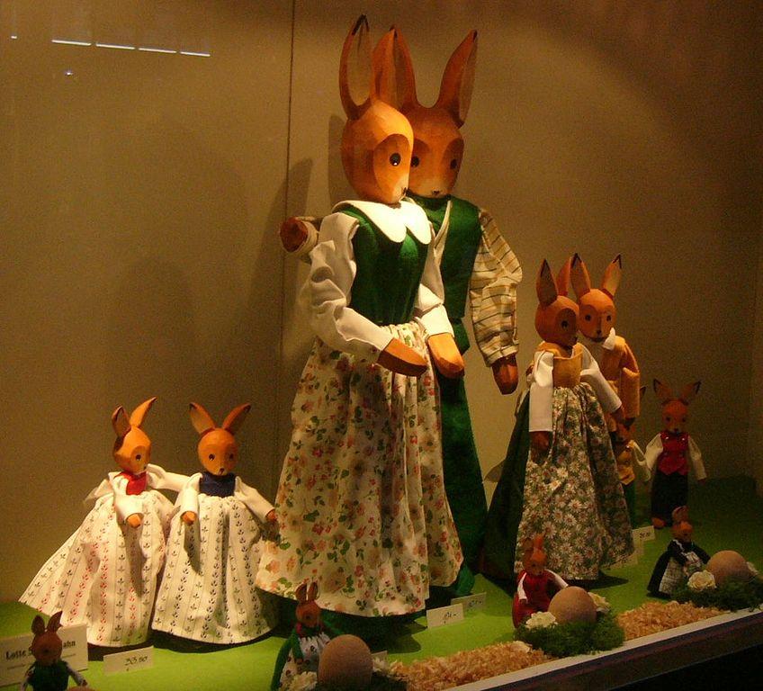 Семья пасхальных зайцев. Бремен. Фото: Bopox~commonswiki
