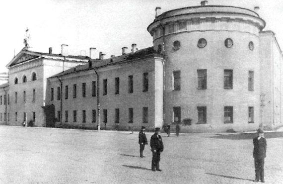 Литовский замок. Фото Н.Г. Матвеева. 1900 г.