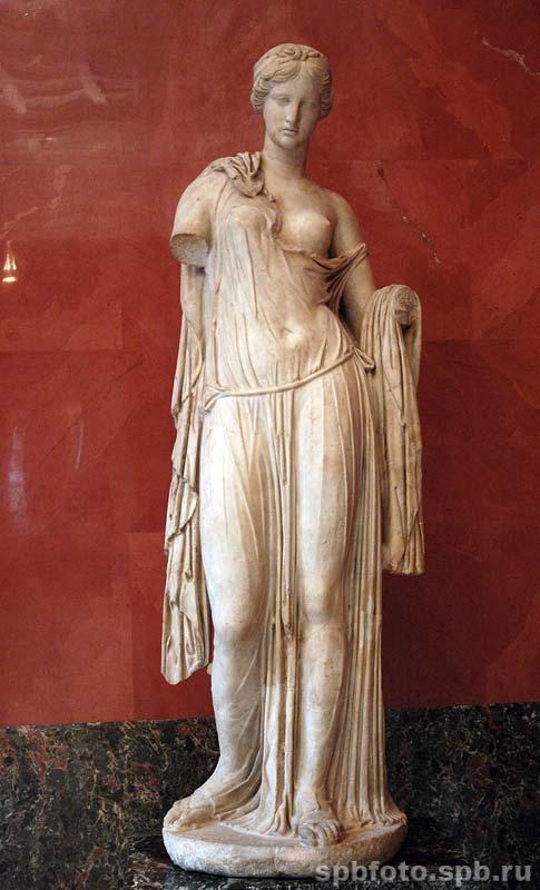 Афродита (Венера). Статуя. Эрмитаж, источник фото: http://spbfoto.spb.ru/foto/details.php?image_id=654