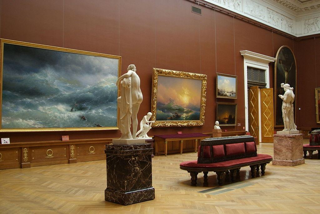 Академические залы. Картины И. Айвазовского. Фото 2008 г. Фото: Евгений Со (Wikimedia Commons)