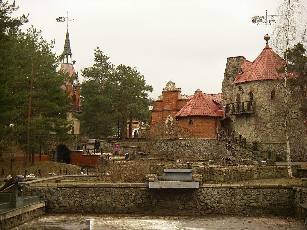 Детский архитектурный комплекс Андерсенград, г. Сосновый Бор. Фото: One half 3544 (Wikimedia Commons)