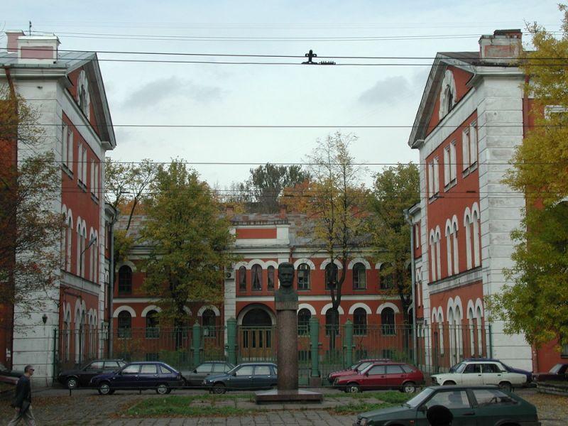 Завод Арсенал, фото с сайта Gazeta.spb.ru