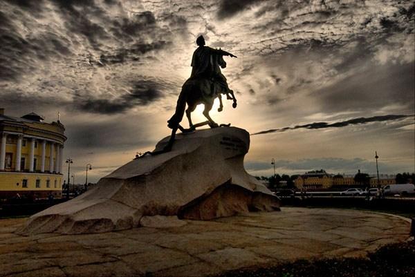 """Памятник """"Медный всадник"""", источник фото: www.liveinternet.ru/users/5679659"""