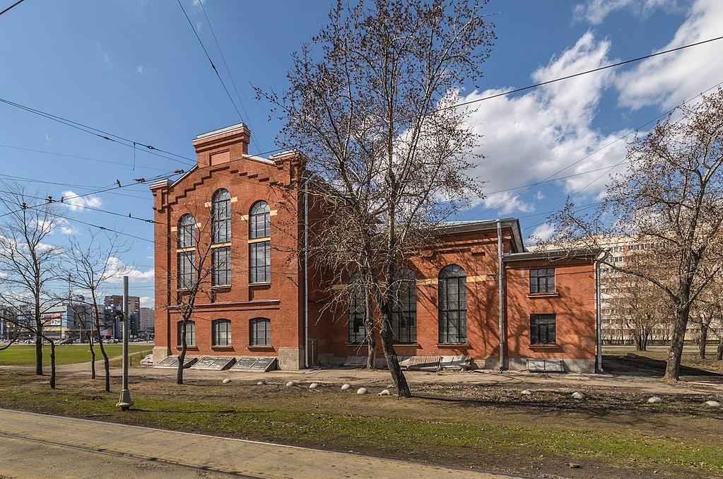 Бывшая подстанция Ораниенбаумской электрической линии (проспект Стачек, 91). Фото: Florstein (WikiPhotoSpace)