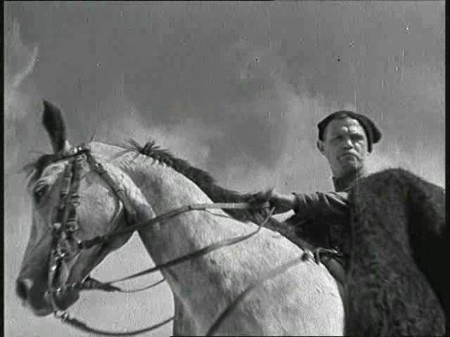 """Чапаев на коне (кадр из фильма """"Чапаев""""). Фото: Ленфильм (Wikimedia Commons)"""