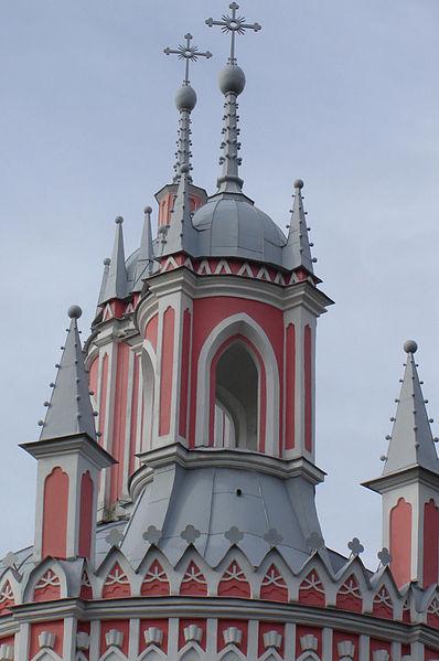 Чесменская церковь Восточная колокольня, источник фото: Wikimedia Commons, Автор: Vladi S