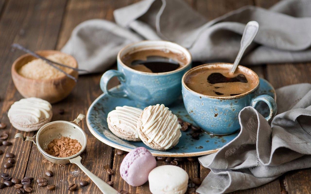 Кофе и десерт COFICO.