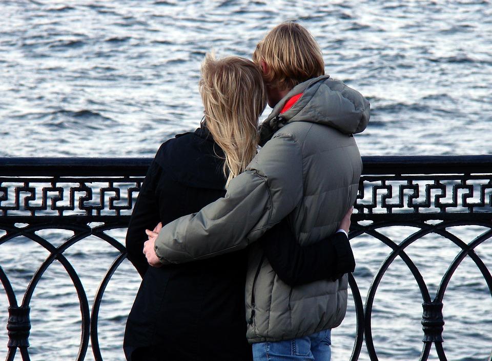 Знакомство с друзьями и любовью в Петербурге