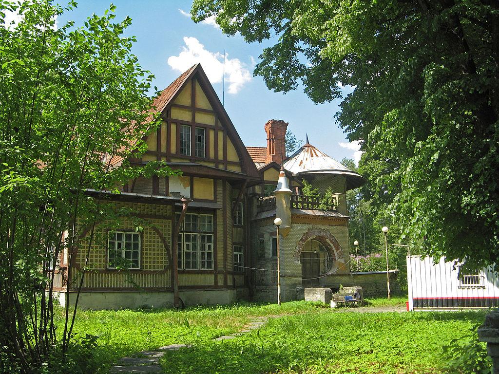 Дача Гаусвальд. Фото: Екатерина Борисова (Wikimedia Commons)