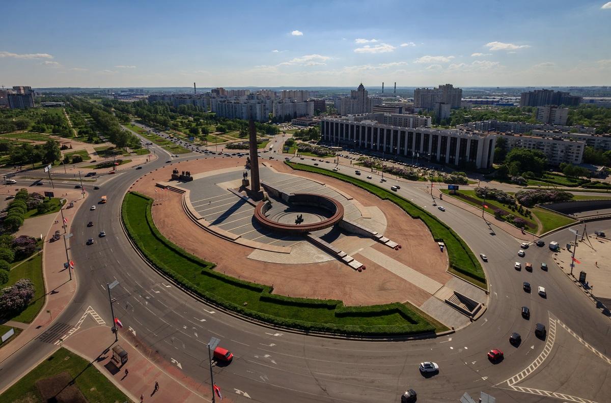 Монумент Героическим Защитникам Ленинграда в Санкт-Петербурге. Фото: chigart