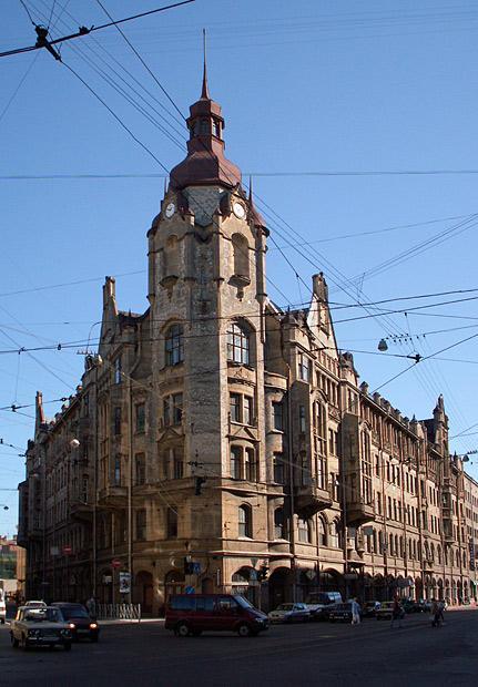 Дом городских учреждений в 2006 году (до реставрации). Фото: Citywalls