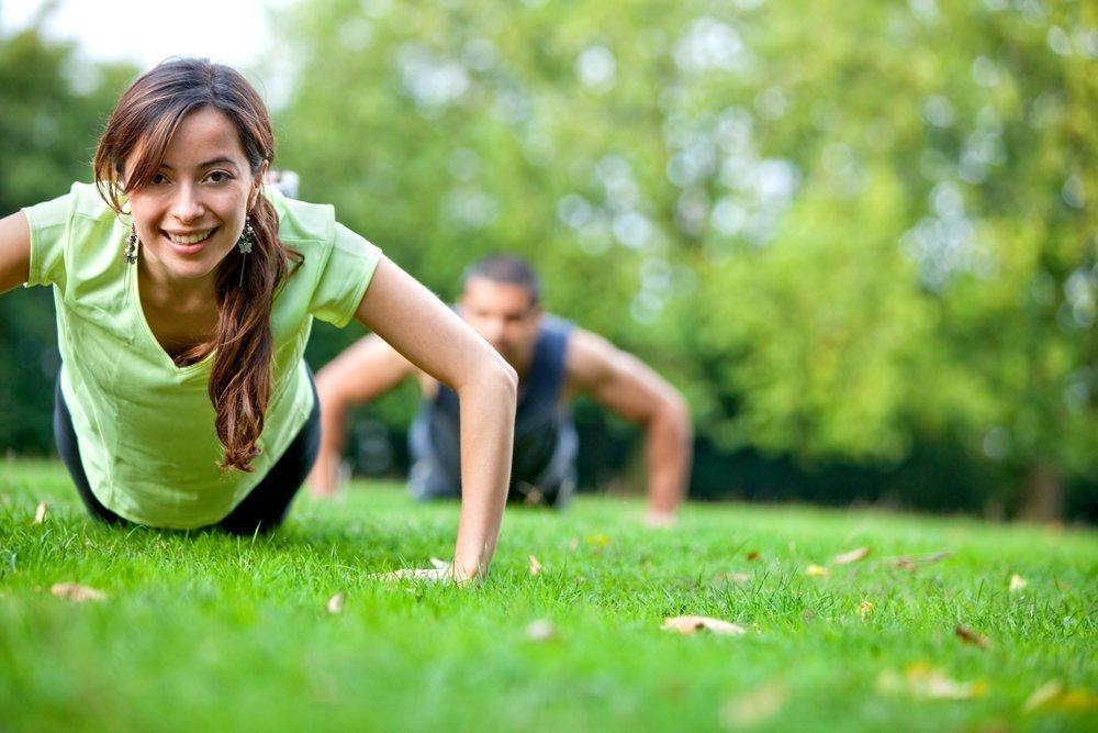 Лучшие варианты фитнес-тренировок в городском парке
