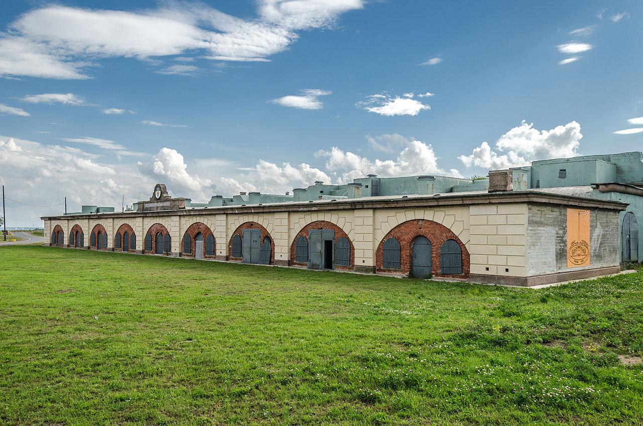 """Форт """"Константин"""" в Кронштадте. Автор фото: Florstein (WikiPhotoSpace)"""