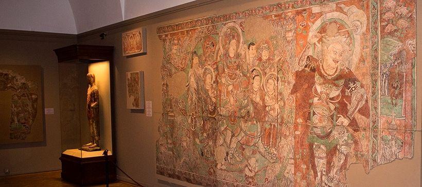 Фрески из буддистских пещерных и наземных храмов, источник фото: https://localway.ru/saint_petersburg/guide/53