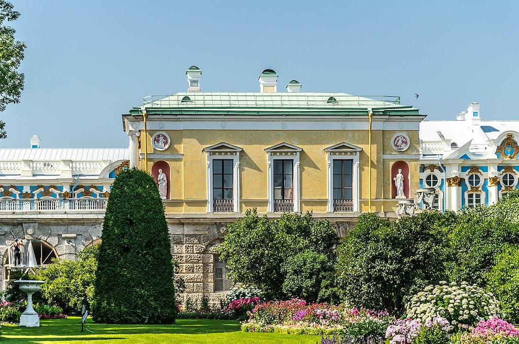 Холодная баня. Агатовые комнаты в Екатерининском парке. Автор фото: Florstein (WikiPhotoSpace)