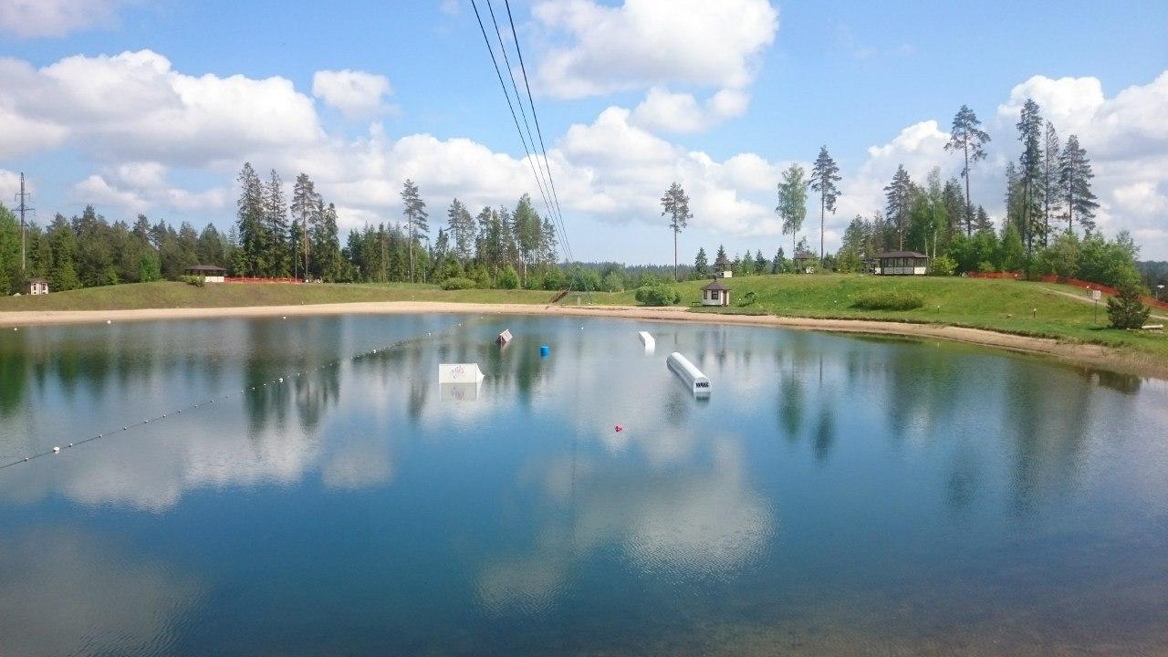 """Всесезонный курорт """"Игора"""". Озеро развлечений."""