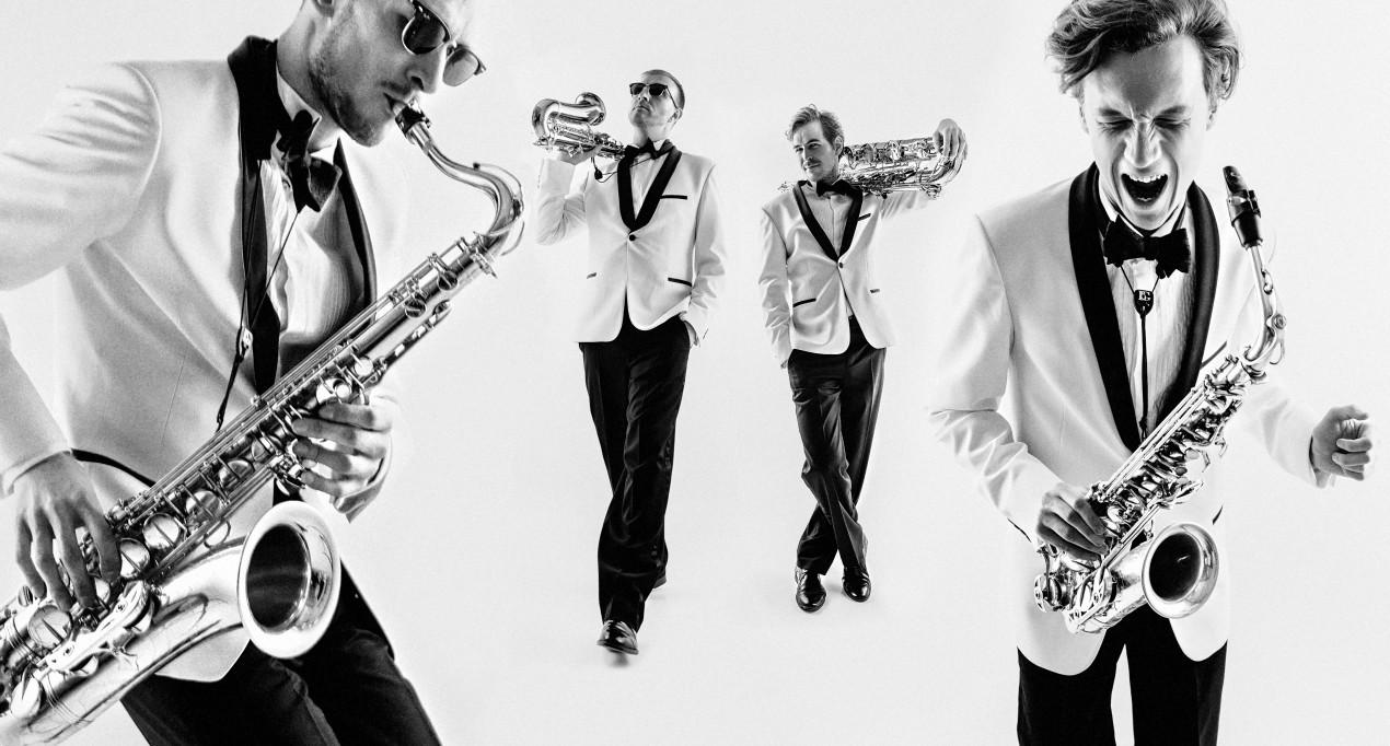 группа 2x2 Saxophone Quartet, источник фото: 2x2sax.com