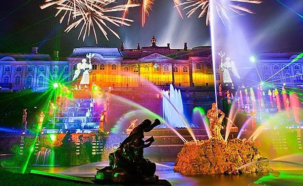 открытие фонтанов в Петергофе, источник фото: otdyhaem.by