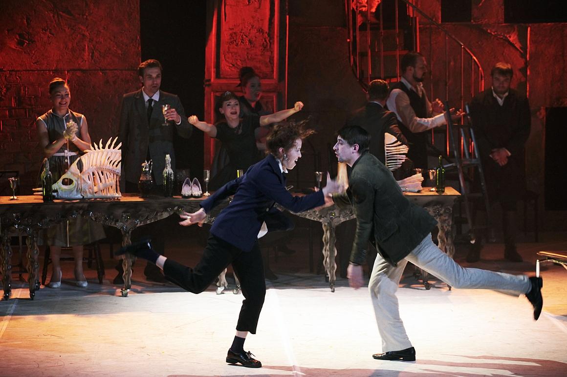 Спектакль Спектакль «Однажды в Эльсиноре. Гамлет», источник фото: binoclespb.ru