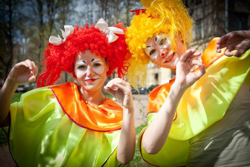 Международный фестиваль уличных театров , источник фото: http://kudago.com/