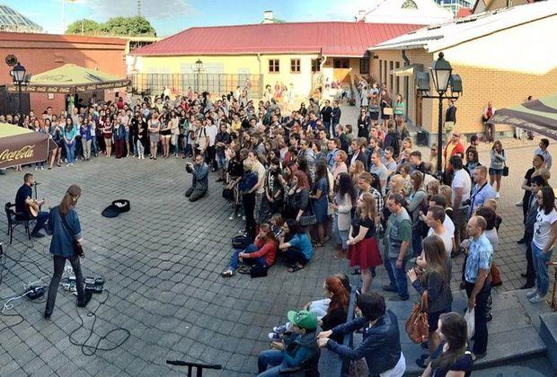 День уличной музыки, источник фото: http://muzgazeta.com/other/201662064/den-ulichnoj-muzyki-vpervye-projdet-v-sankt-peterburge.html