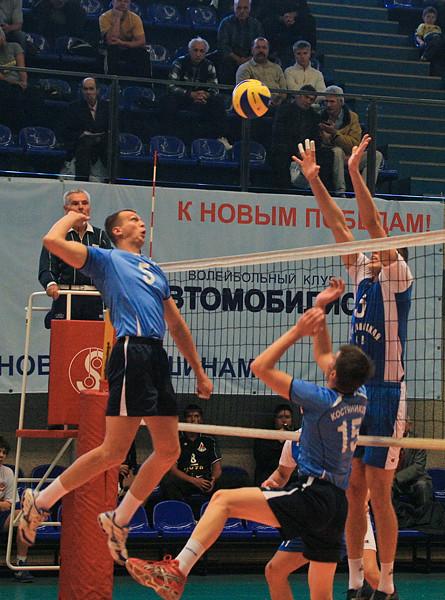 I Международный турнир «Мемориал Платонова», источник фото:  http://www.vcavtomobilist.ru/avtomobilist.php