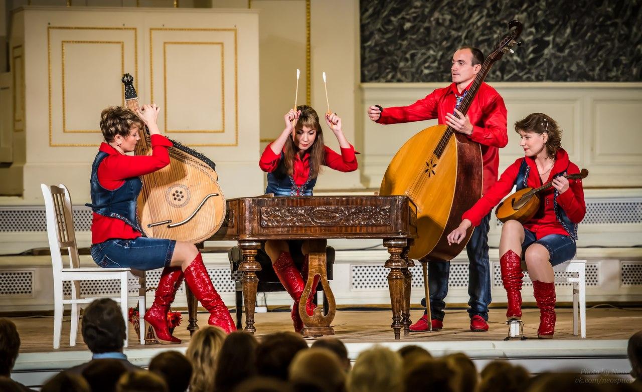 Квартет ЦимБанДо, финалисты II TEREM CROSSOVER, источник фото: http://2013.terem.cc/rus/o_turnire/