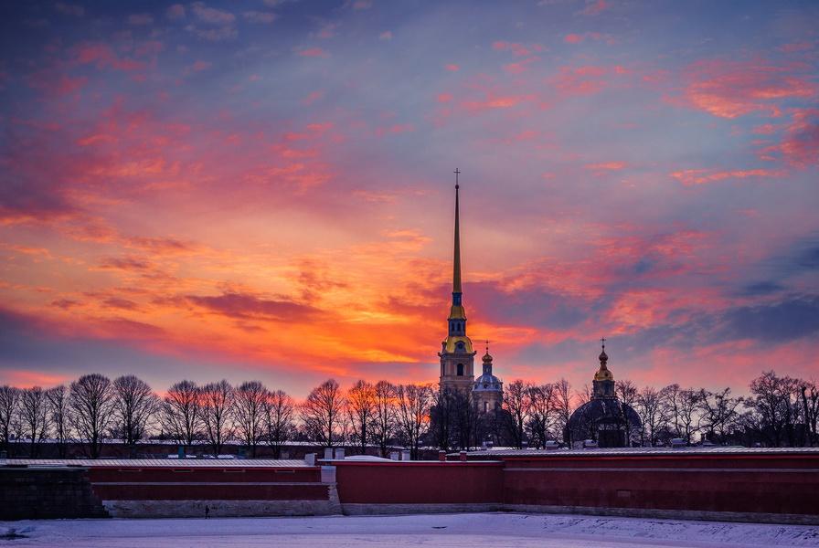 Петропавловская крепость, Рождество, источник фото: http://novinka-tour.ru/rossija-i-sng/sanktpeterburg.html
