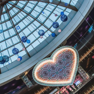"""Праздник сердца"" 2017 в ТРЦ ""Питерлэнд"", источник фото: http://peterburg2.ru/events/142873.html"