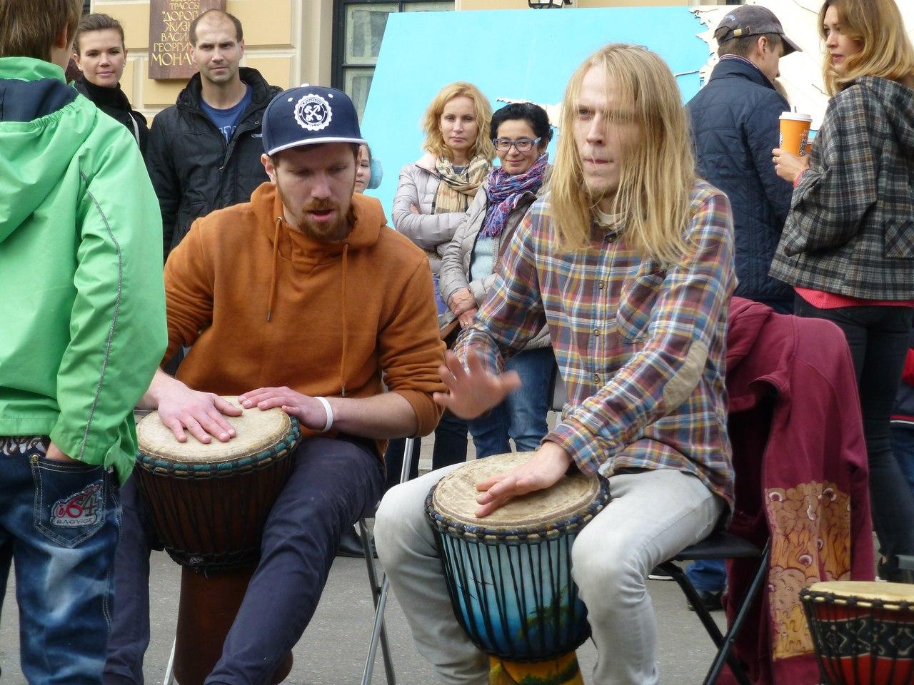 День уличной музыки | Street music day | СПб 20 мая 2017, Санкт-Петербург, источник фото: https://vk.com/smdspb