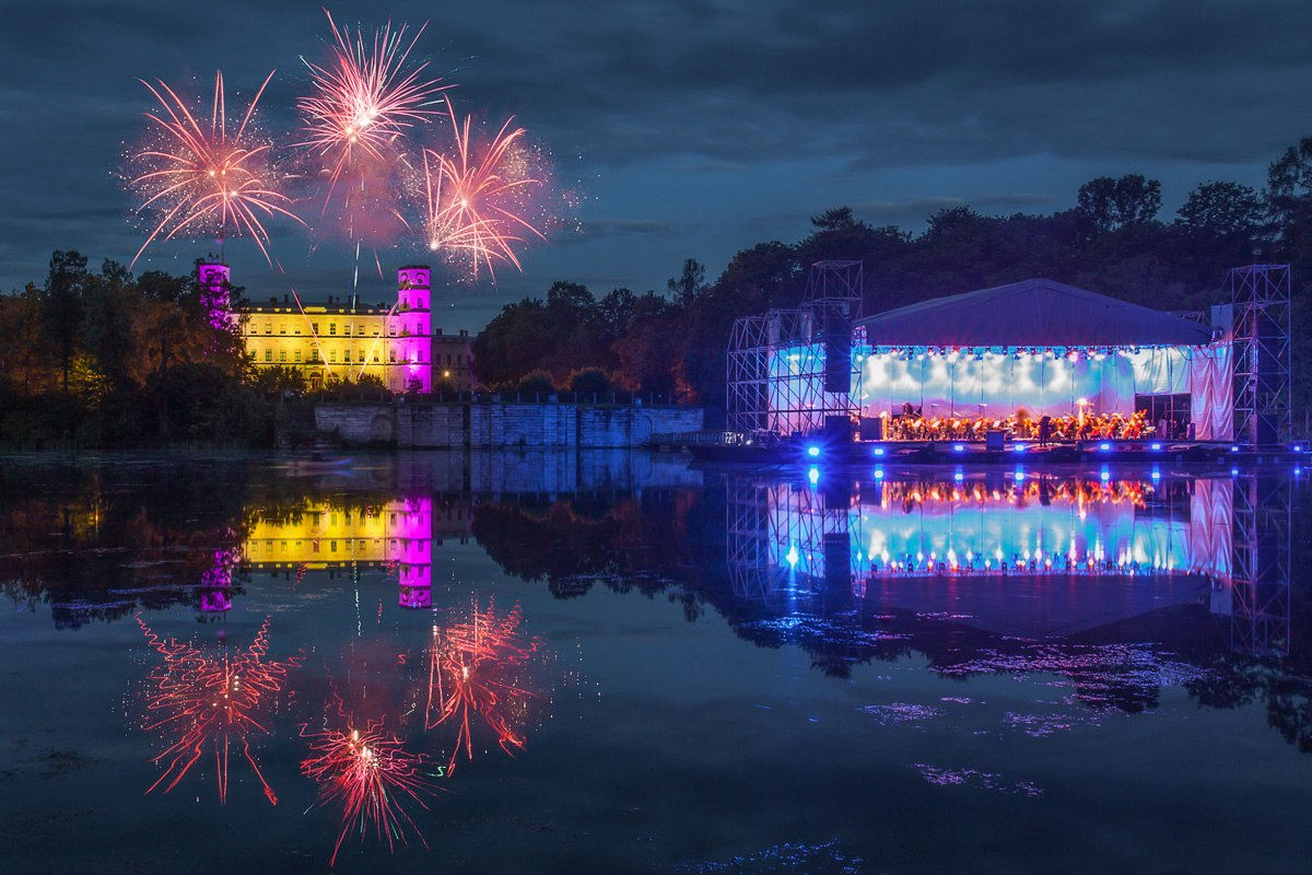 "Фестиваль ""Ночь музыки в Гатчине — 2017"", истрчник фото: https://vk.com/spb_piter?w=wall-37437348_434561"