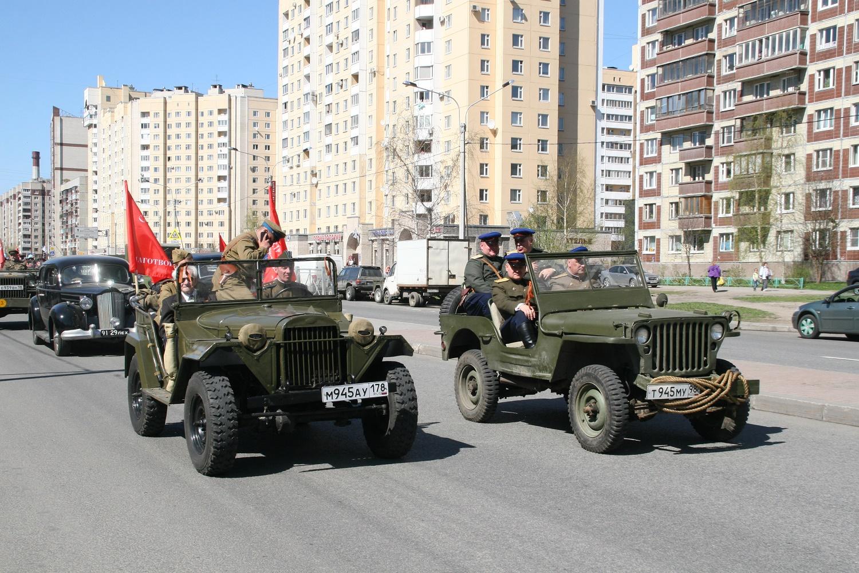 Невский парад, источник фото: gov.spb.ru/