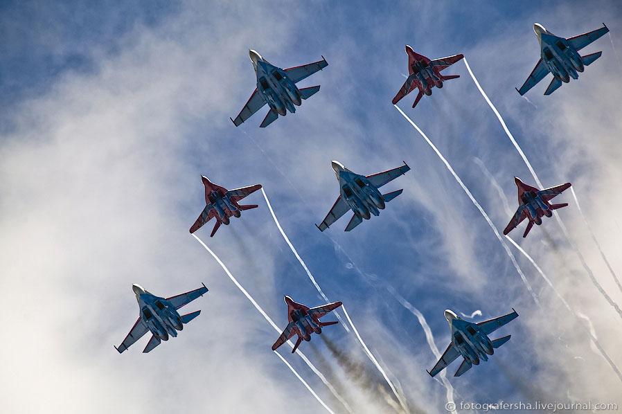 Воздушный парад в Пушкине