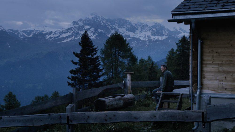 """Кадр из документального фильма """"Типично по-швейцарски?"""""""