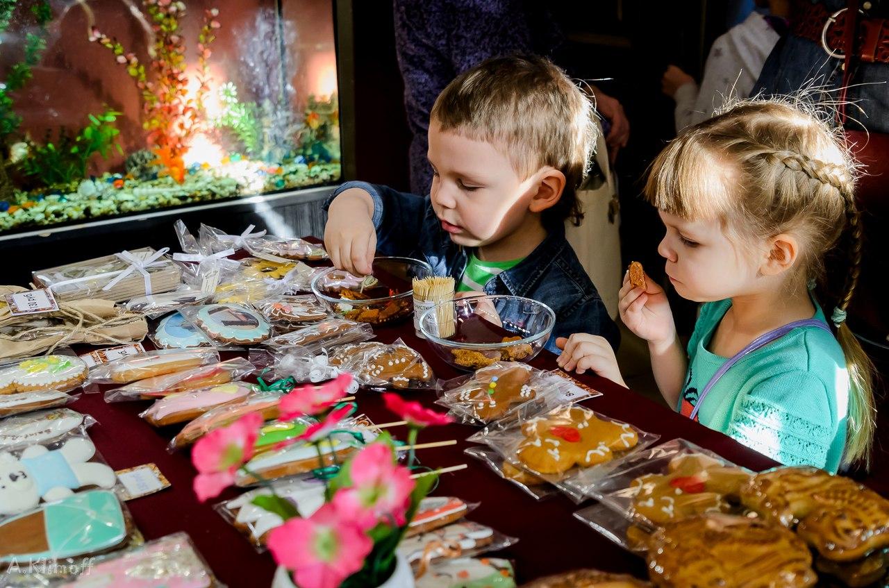 Детская пряничная выставка. Фото: https://vk.com/varezhkaspb